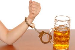 Алкоголизм - причина панических атак