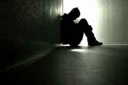 Чувство одиночества при стрессе