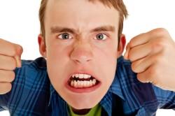 Приступы гнева при истерии